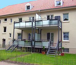 Balcon Porch De Acceso Sistema Metalico Con Barandas - Porches-metalicos