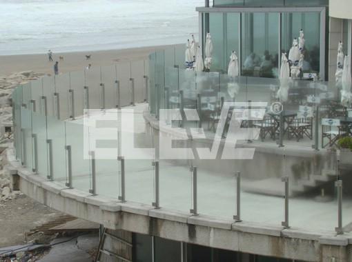 Baranda exterior de acero inoxidable y vidrio templado - Barandas de terrazas ...