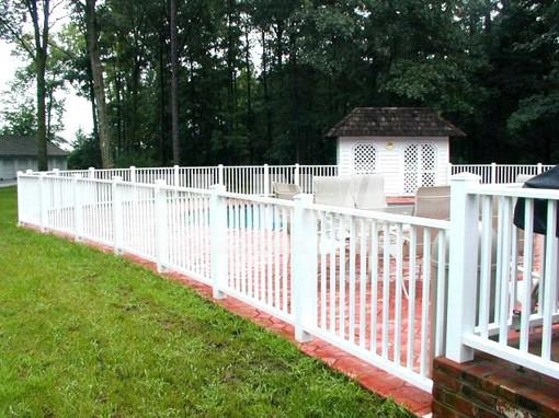 Protecci n cl sica de pileta o alberca de madera pintada for Proteccion de piscinas