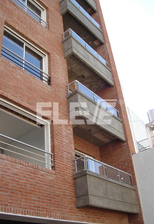 Barandas de acero inoxidable protecci n para ventanas de - Baranda de acero inoxidable ...