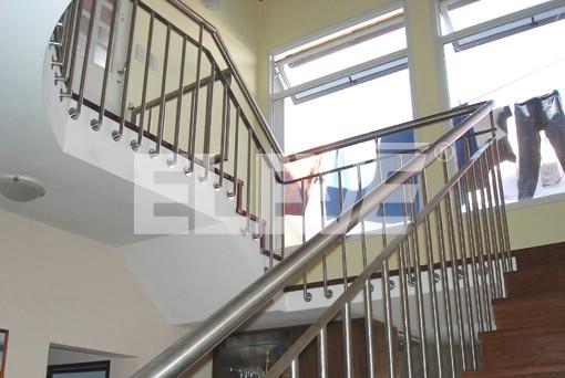 Baranda para escalera de acero inoxidable for Barandas de escalera