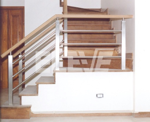 Baranda de acero inoxidable y pasamano de madera - Barandas de madera para escaleras ...