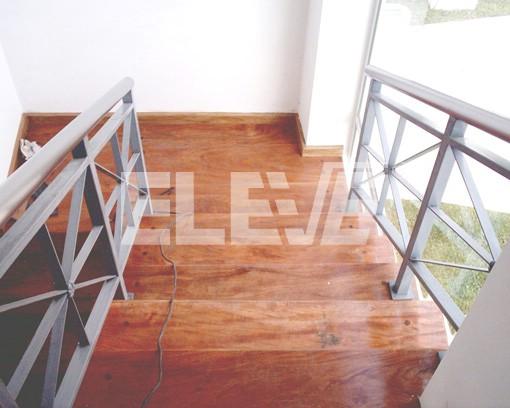 Baranda de escalera en hierro pintado - Baranda de escalera ...