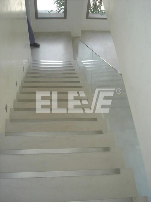 Baranda de vidrio templada sobria y minimalista para escalera - Escaleras de cristal templado ...