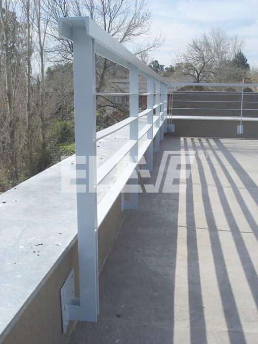 Baranda de terraza de hierro for Barandas para terrazas