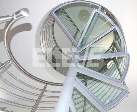 Escalera caracol de vidrio dise o de estructura en hierro - Estructura caracol ...