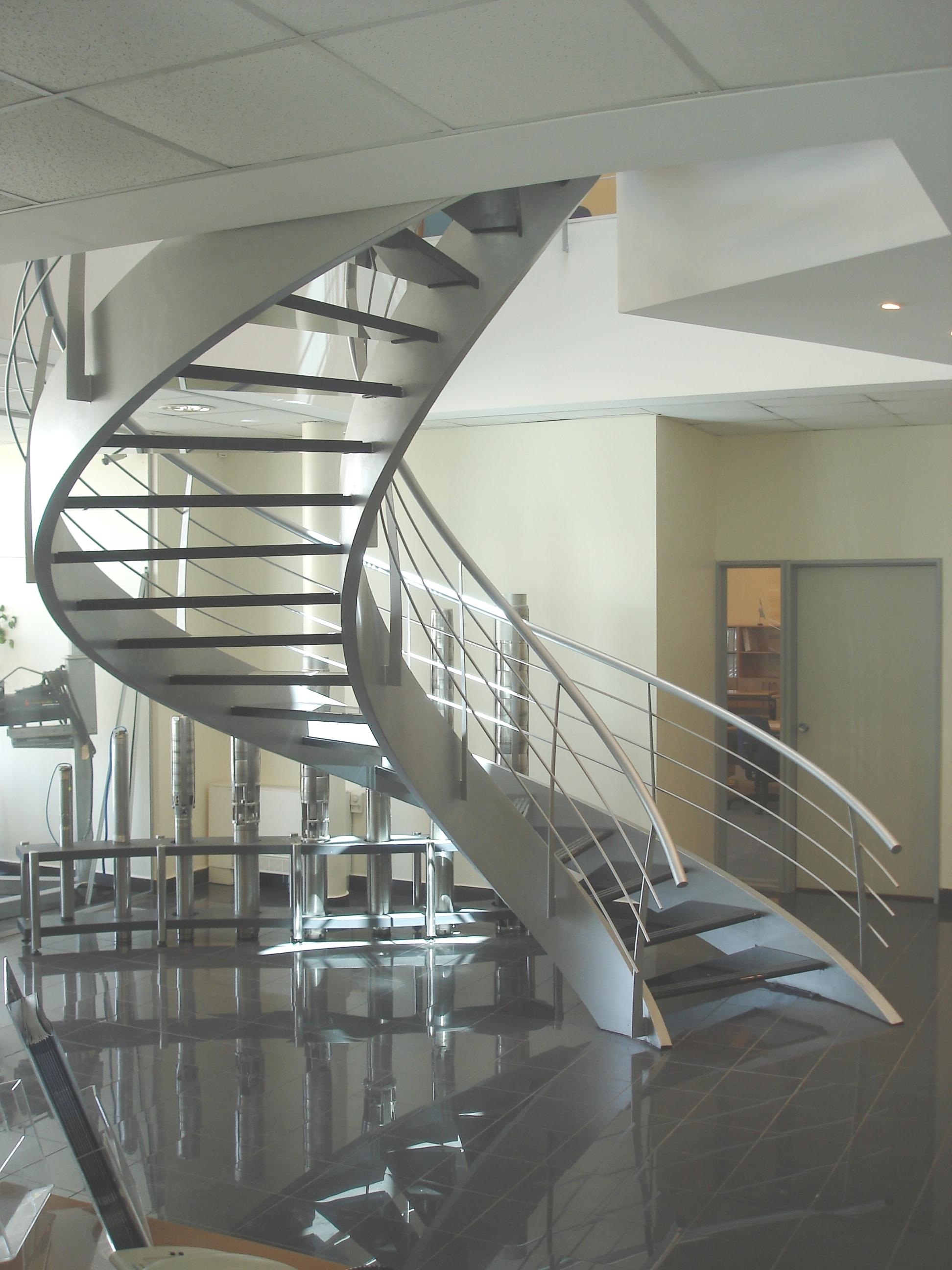 Index of fotos escaleras caracol originalesgrandes for Imagenes de escaleras de caracol