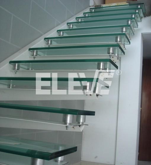 Pelda os de vidrio para escalera en m nsula - Peldanos de escaleras ...
