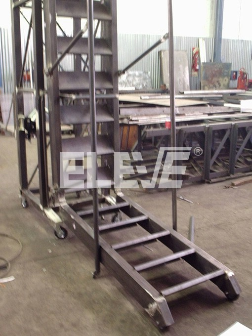 Pin barandas para balcones tensores genuardis portal on - Escaleras para almacen ...