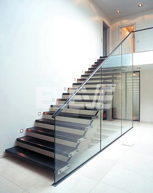 Vista de escalera especial con tabique baranda de vidrio - Diseno escaleras ...