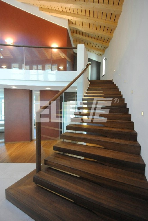 Escalera Especial Tipo Recta Baranda En Panos De Vidrio Laminado - Escaleras-de-cristal-y-madera