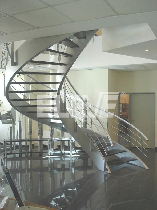 Escalera caracol de amplio di metro alta comodidad de uso - Escaleras de caracol minimalistas ...