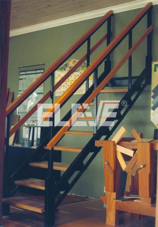Escalera recta ajustable de un tramo modelo cl sico for Modelos de escaleras exteriores