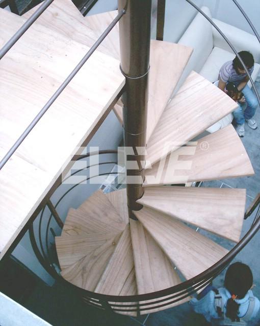 Escalera caracol de virapit - Escaleras de caracol de madera ...