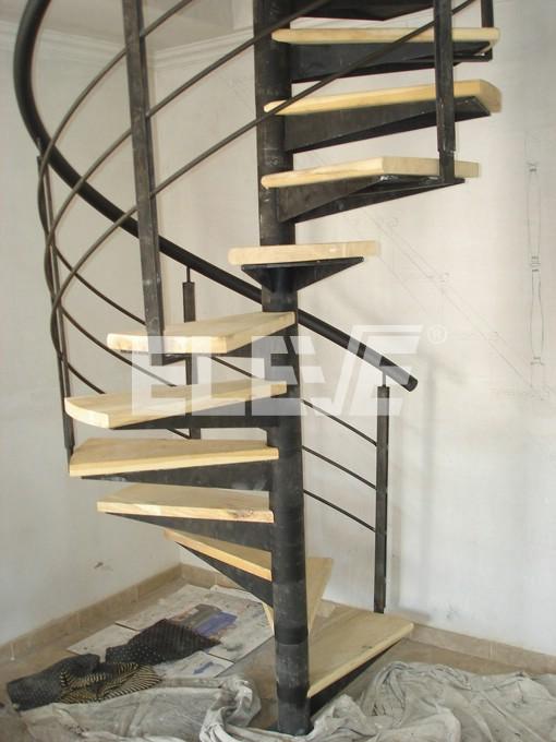 Escalera de caracol pasamanos helicoide horizontales macizos - Escalera caracol de madera ...