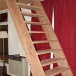 Escaleras marineras para poco espacio fijas techo for Escalera piscina bricodepot