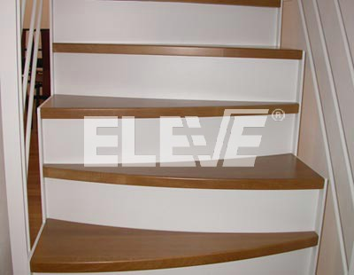 Escaleras de pasos alternados con alzada revestida for Escaleras de material