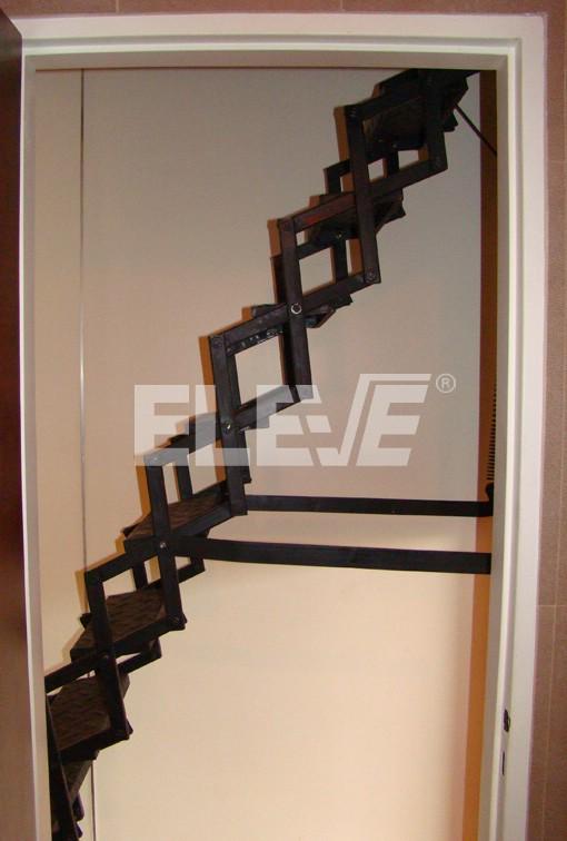 Escalera trampa met lica sistema retr ctil para acceso a un tico altillo o buhardilla - Escalera plegable para altillo ...