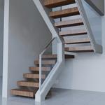 escalera con peldaos revestidos en madera y barandas de vidrio templado ue