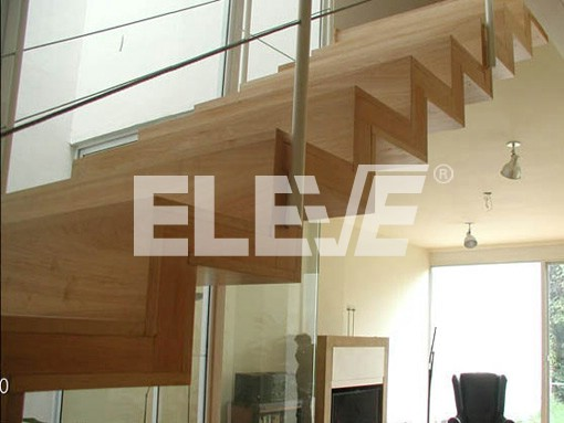 Estructura revestida en madera con baranda minimalista - Escaleras de caracol minimalistas ...