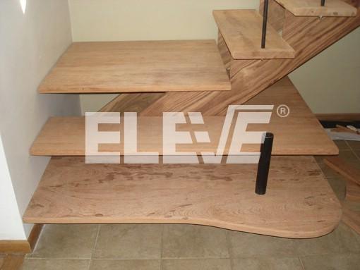 Escalera tubos hierro pelda virapit revestida mdf quotes - Escaleras con peldanos de madera ...
